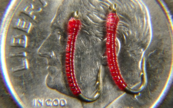 Blood midge larva fly pattern.